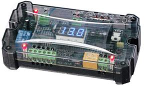 Battery voltage monitor remote controller with 12V display