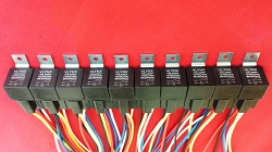 (10) 12V 40A Relay + (10) 5 wire socket harness SPDT